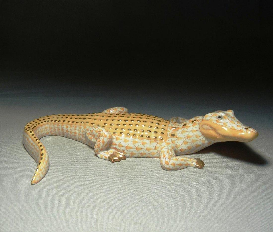 412: Herend Fishnet Butterscotch Alligator