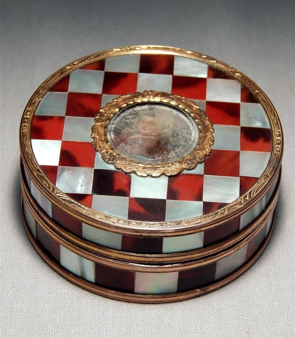 Mother of Pearl & Gold Metal Box