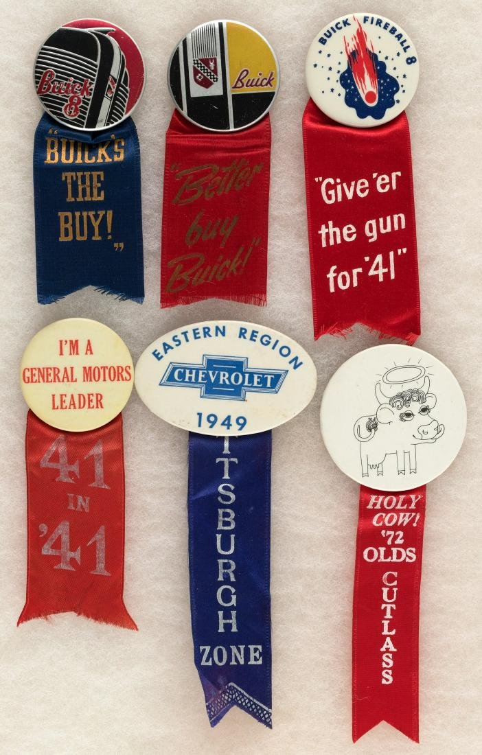 BUICK C. 1940 (3), GM 1941, CHEVROLET 1949 AND OLDS CUTLESS 1972 RIBBON BADGES.