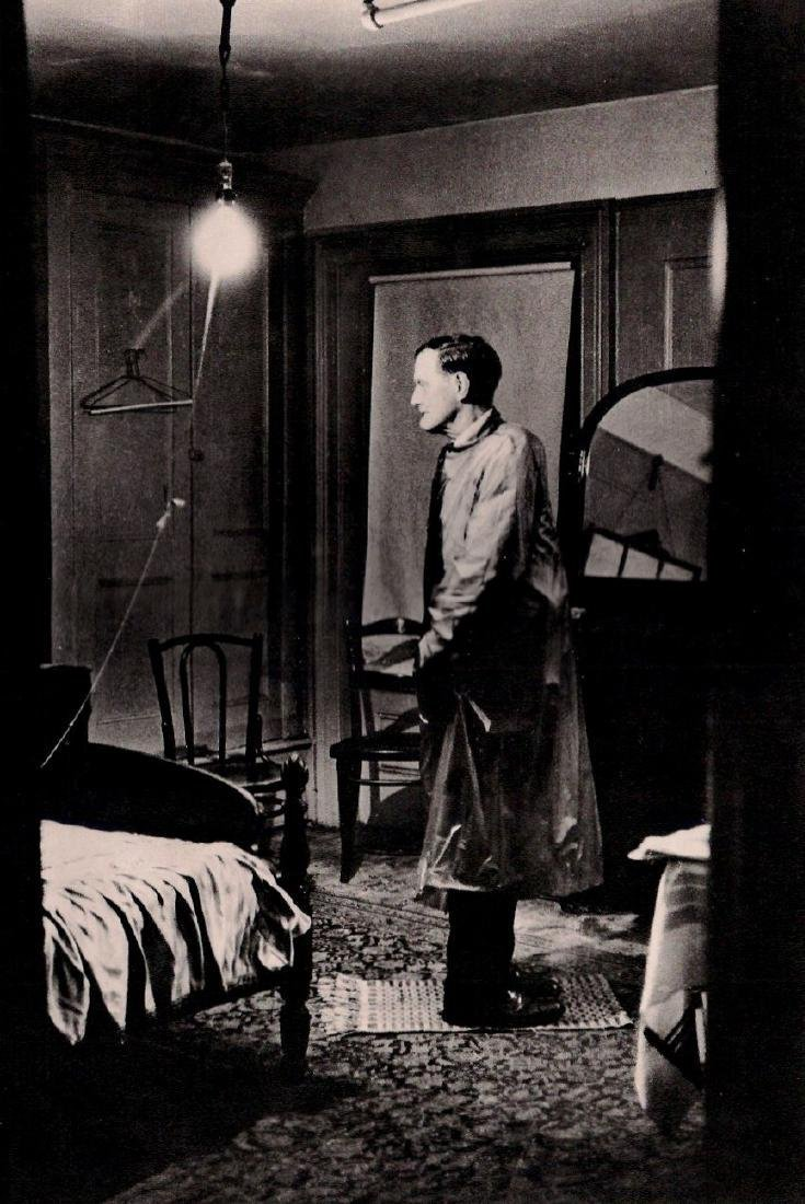 DIANE ARBUS - Backwards Man in His Hotel Room, NYC 1963