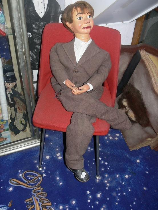 89: Ventriloquist Dummy «Insull»