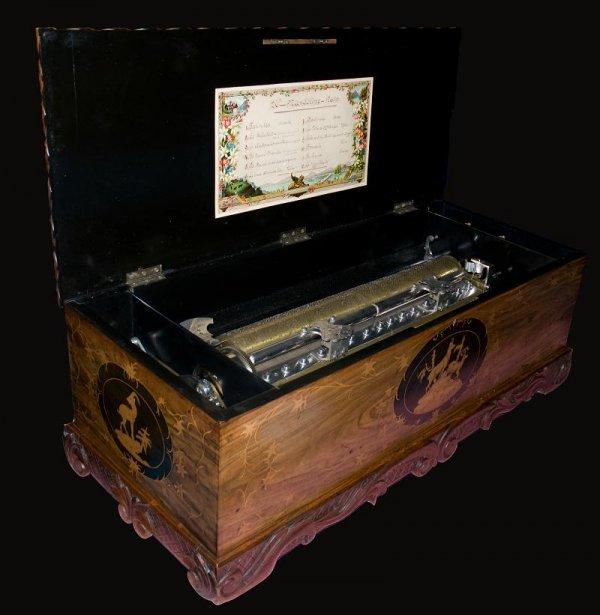 17: Unique and very big «Mandoline» Music Box