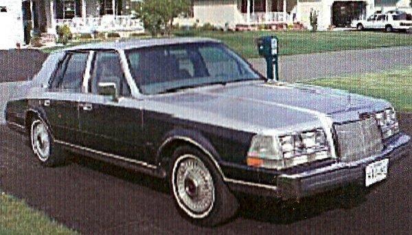 9: 1986 Lincoln Continental
