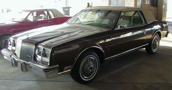 2: 1985 Buick Rivera