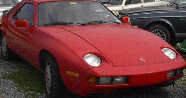 6: 1983 Porsche 928 S Coupe