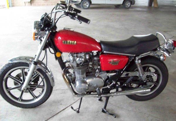 2: 1979 Yamaha Special 650