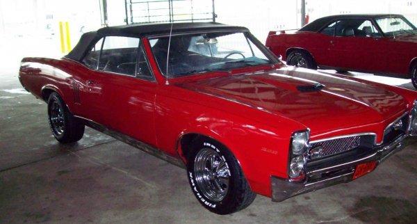 15: 1967 Pontiac Convertible