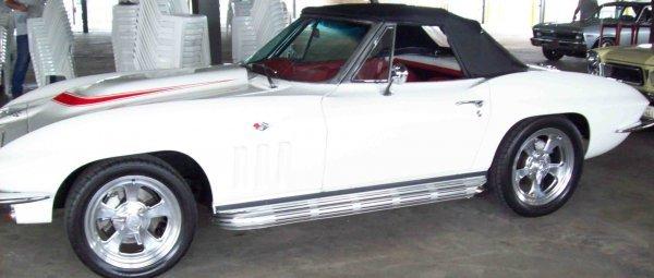 3: 1966 Chevrolet Corvette Sting Ray