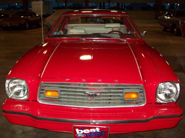 16: 1976 Ford Mustang II