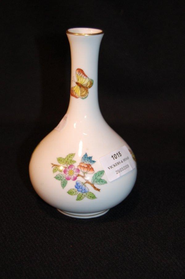 """1015: Herend """"Queen Victoria"""" bottle vase"""