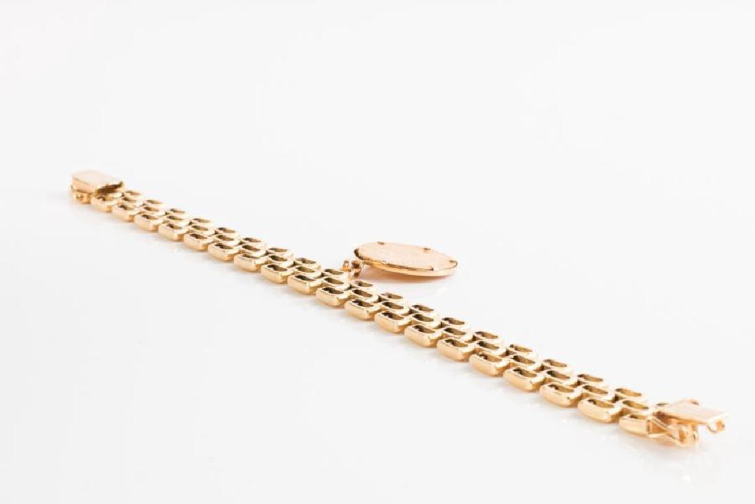 Bracelet ruban en or jaune (750 millièmes) formé de