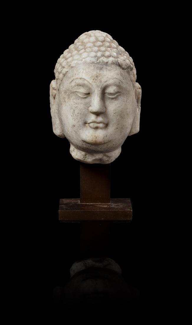 Tête de bouddha Chine - Epoque Tang (618-907)  Marbre