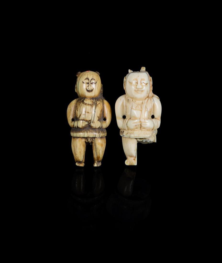 Deux toggles en ivoire CHINE - XVIIe/XVIIIe siècle