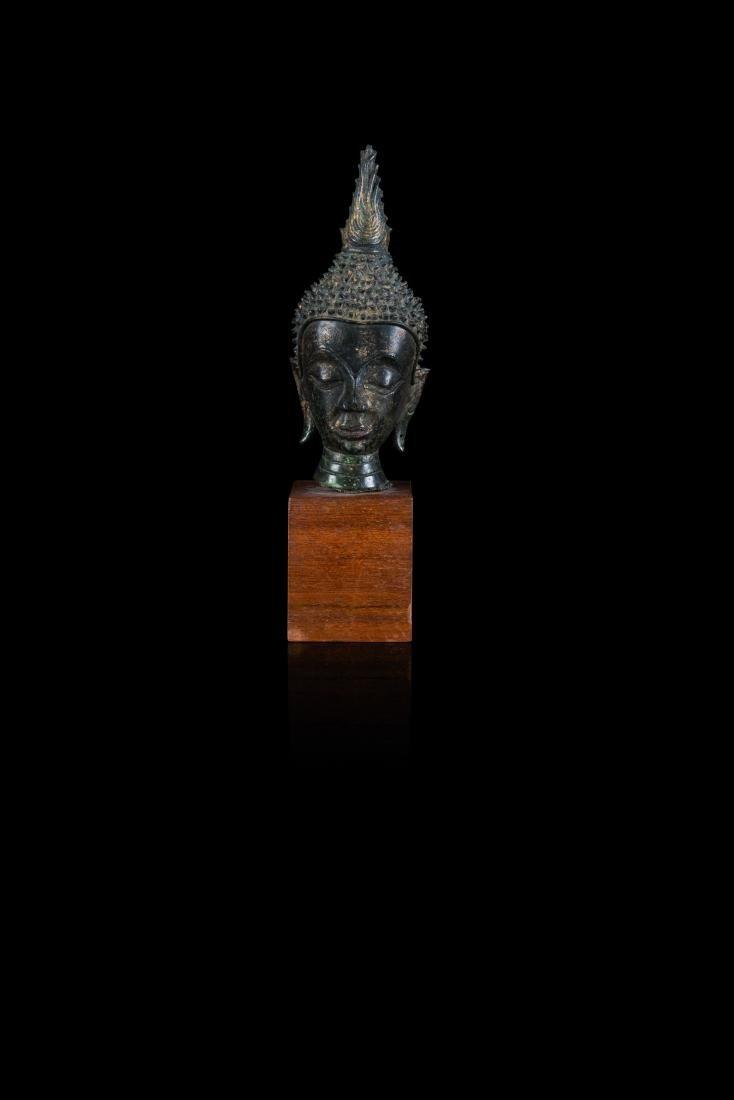 Tête de bouddha THAILANDE - XVe/XVIe siècle Bronze à
