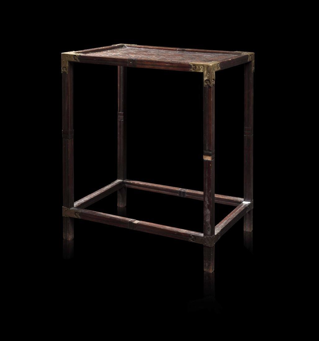 Petite table en bois COREE Le plateau avec morceaux de