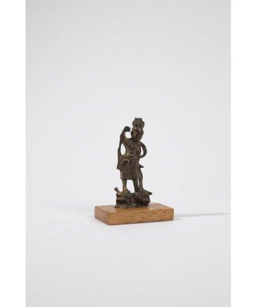 Petite statuette de gardien (Lokapala) en bronze dore? - 3