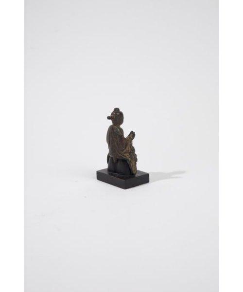 Petite statuette de bouddha en bronze dore? - 5