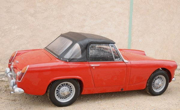 2001: AUSTIN HEALEY Sprite MK IV - 1966Long : 3,48 m /