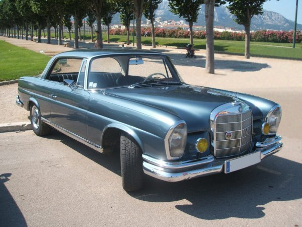 2002: MERCEDES BENZ - 220 SE Coupé type W111 - 1963Long