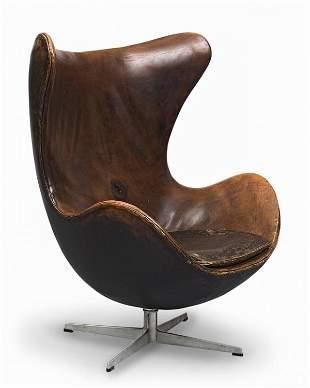 """1203: """"Arne JACOBSEN (1902-1971)Fauteuil modèle Egg Ch"""