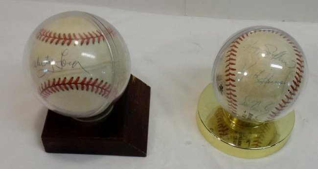 CLASSIC NY YANKEE SIGNED BALL/METS TEAM BALLS SIGNED