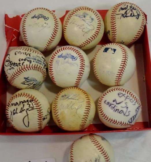 8 SIGNED BALLS OF METS, EXPOS, MARLINS, ETC.