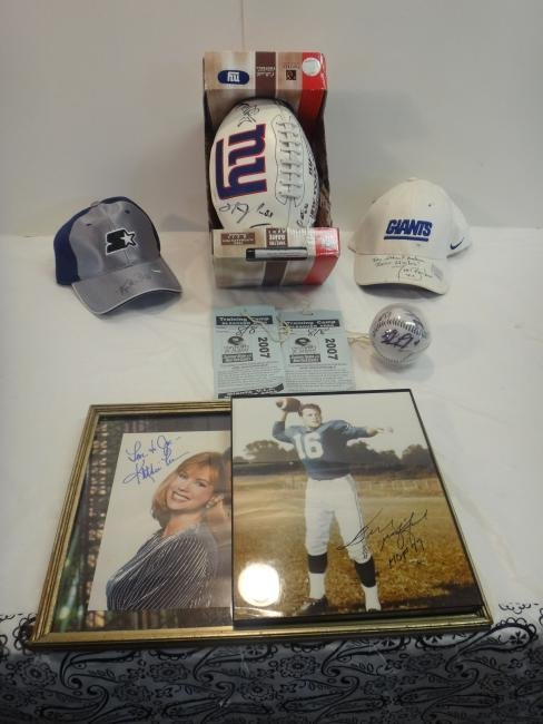 FOOTBALL STARS SIGNED HATS & TIKI BARBER/SIGNED BALL