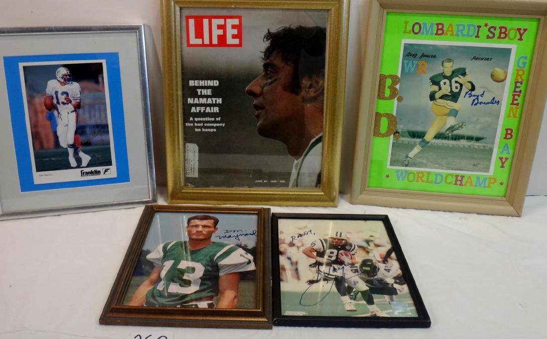 FOOTBALL PLAYERS SIGNED LOT