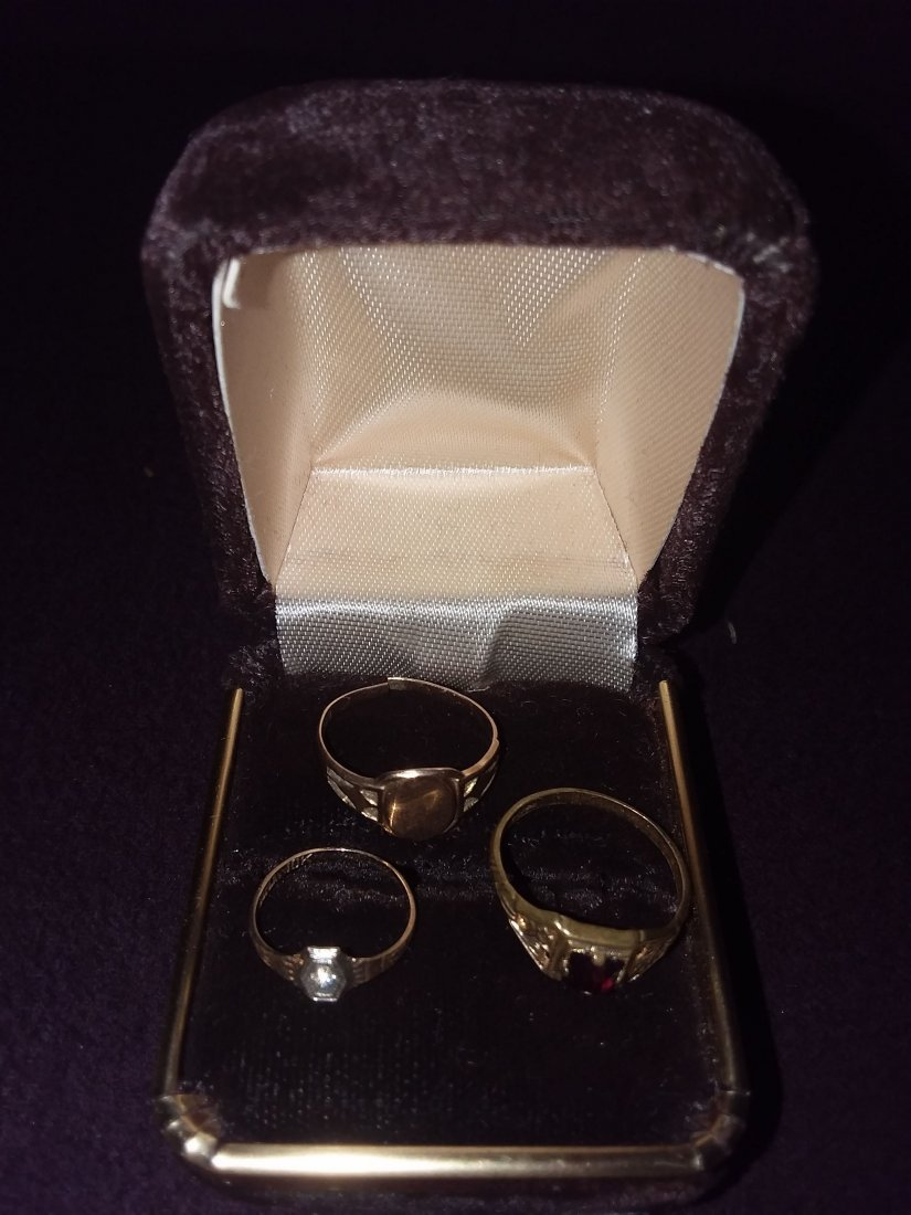 3 ANTIQUE CHILDS GOLD, DIAMOND AND RUBY RINGS