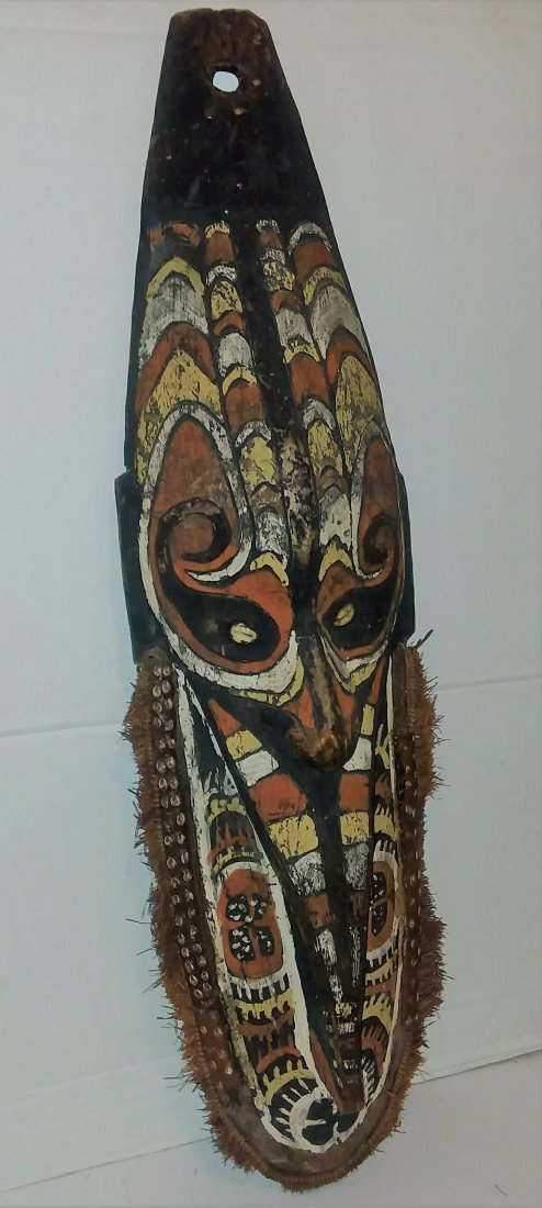 OLD 20TH CENTURY OCEANIC CARVED HOUSE MASK
