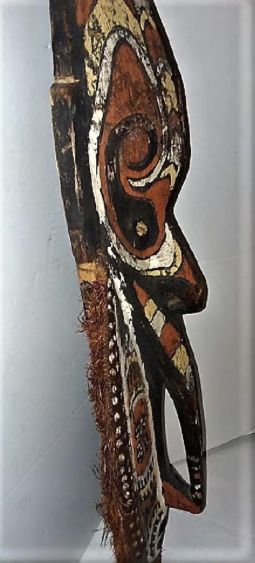 OLD 20TH CENTURY OCEANIC CARVED HOUSE MASK - 4
