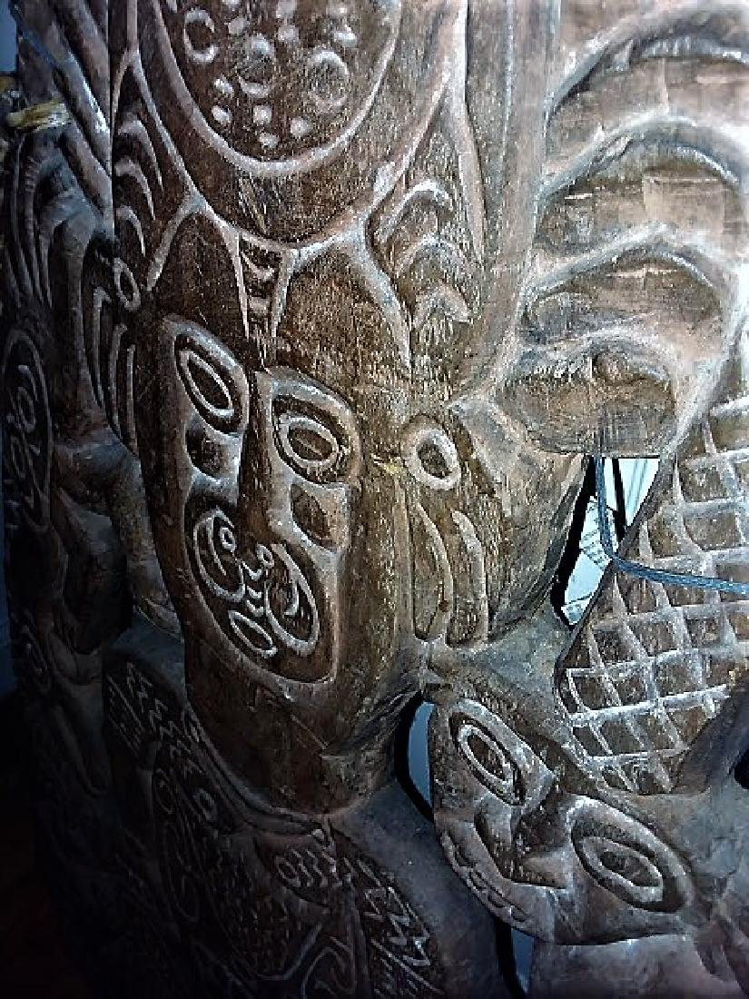 A LARGE & RARE MAORI CARVED  HOUSE BOARD - 4