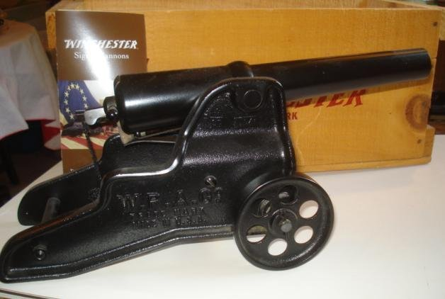 Winchester signal cannon with box of blank loads
