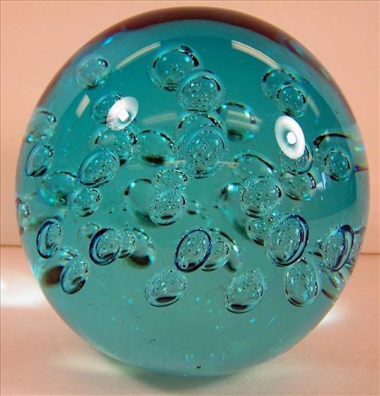 4022: Murano Turquoise Round Paper Weight