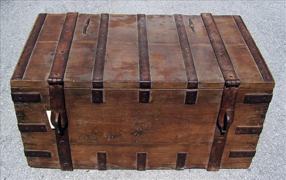 2013: Antique chest