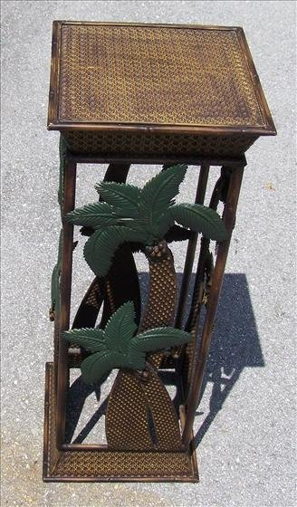 2018: Plant stand metal