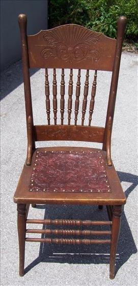 2024: Oak chair leather seat