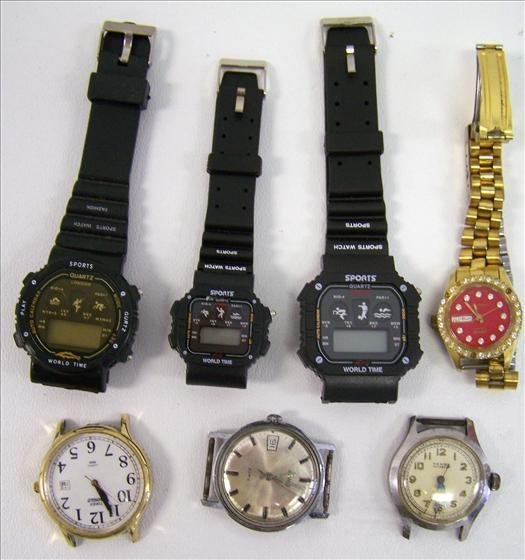 3014: Lot of assorted watches