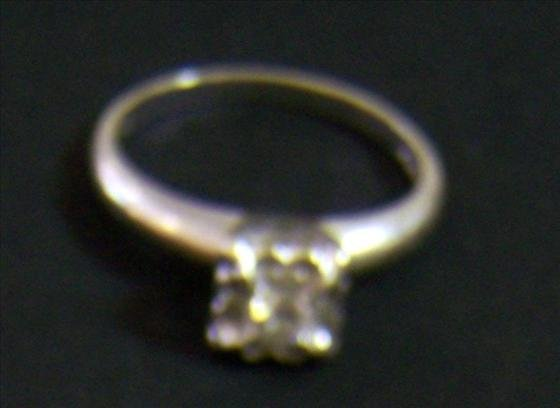 3152: Ring - 14k diamond engagement ring?