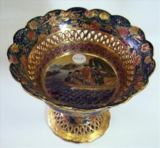 6008: Pedestal dish Royal Satsuma