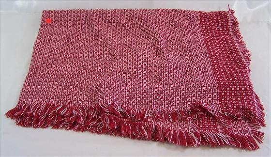5010: Red wand white fringed throw blanket