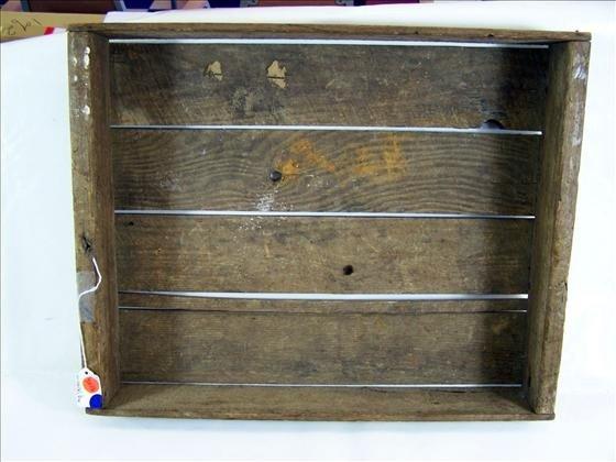 "5016: Wood box slat bottom 3 1/2"" X  2""  X 16"""