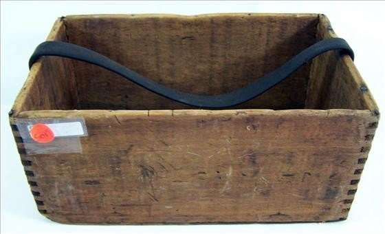 5017: Wood dove tailed box with strap