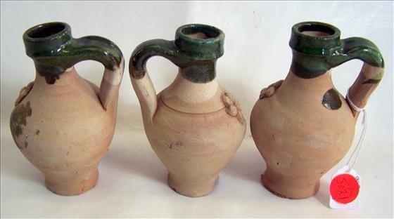 "5021: 3 pc stoneware jugs - green trim 4"""