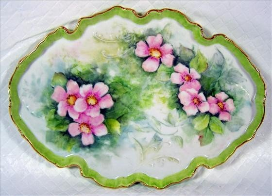 8016: Dresser tray hand painted