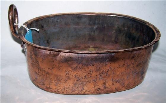 3003: Hand hammered copper pot