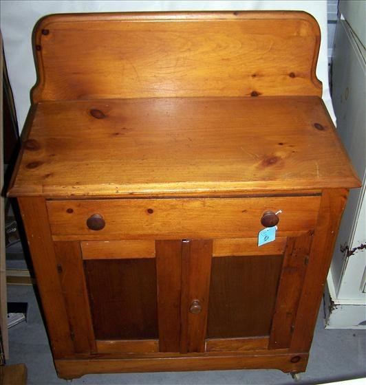 3010: Wood dry sink on casters