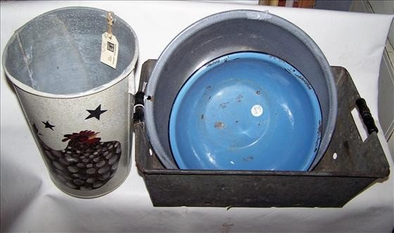 3013: 4 pc ware pans and cans