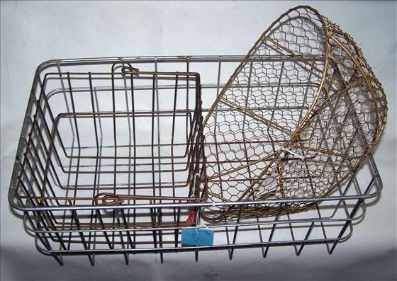 3015: 3 pc iron baskets