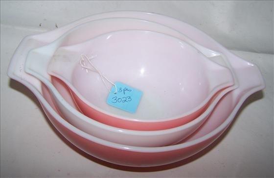 3023: 3 pc bowls - Pyrex